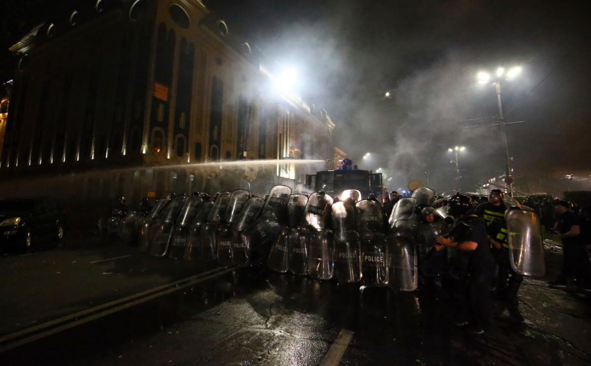 Главу грузинского спецназа отстранили после беспорядков в Тбилиси