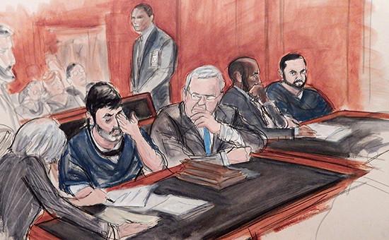 На зарисовке из зала судаЭфрейнАнтонио Кампо Флорес (второй слева) и Франки Франсиско Флорес де Фрейтас (крайний справа)