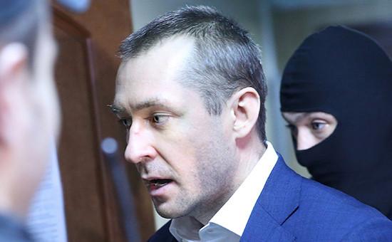 Дмитрий Захарченко в Пресненском суде передначалом рассмотрения ходатайства опродлении срока его ареста