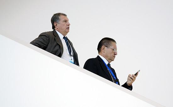 Глава «Роснефти» Игорь Сечин ибывший министр экономического развития Алексей Улюкаев. Август 2016 года