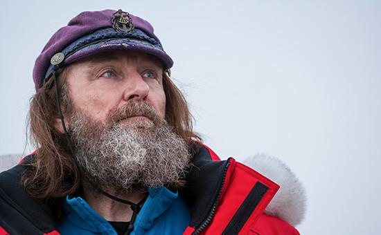 Путешественник Федор Конюхов перед стартом экспедиции на собачьих упряжках. 10 февраля 2016 года