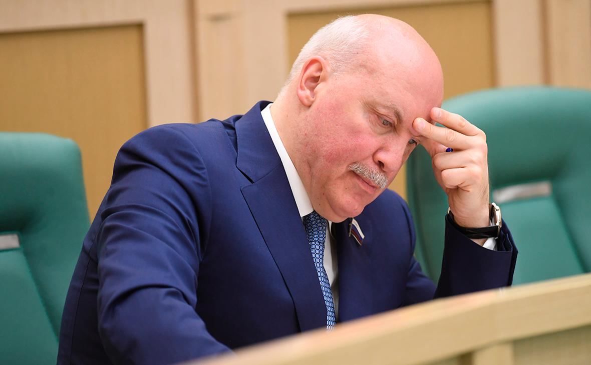 В Совфеде нашли замену уезжающему послом в Минск главе