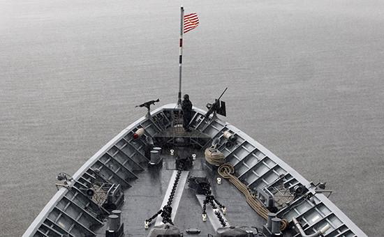 Крейсер ВМС США в Черном море. Фото 2014 года