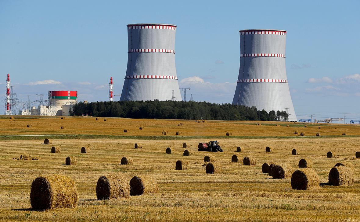 Вид на Белорусскую атомную электростанцию (БелАЭС)