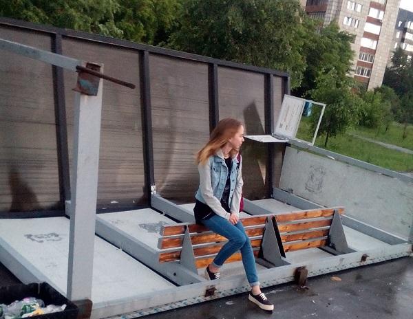 Ветер в Тюменисносил остановки