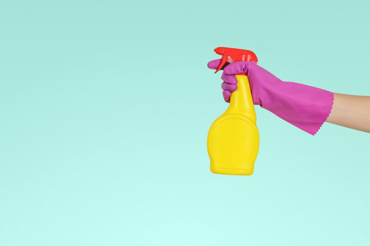 От банана до кетчупа: 9 продуктов, которые помогут в уборке