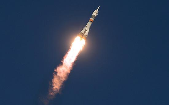 Старт ракеты-носителя «Союз-ФГ» с пилотируемым кораблем «Союз ТМА-19М» с космодрома Байконур
