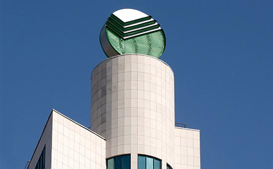 Символ Сбербанка на главном офисе