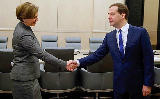 Премьер-министр Дмитрий Медведев иглава Роспотребнадзора Анна Попова