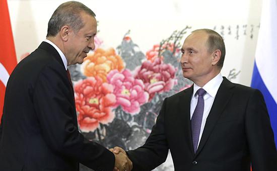 Президент Турции Реджеп Эрдоган ипрезидент России Владимир Путин (слева направо) вовремя встречи. 3 сентября 2016 года