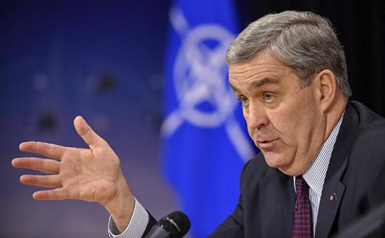 Посол США при НАТО Дуглас Лут