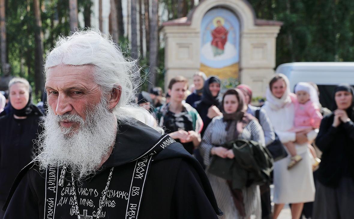 Схиигумен Сергий (Николай Романов) на территории Среднеуральского женского монастыря