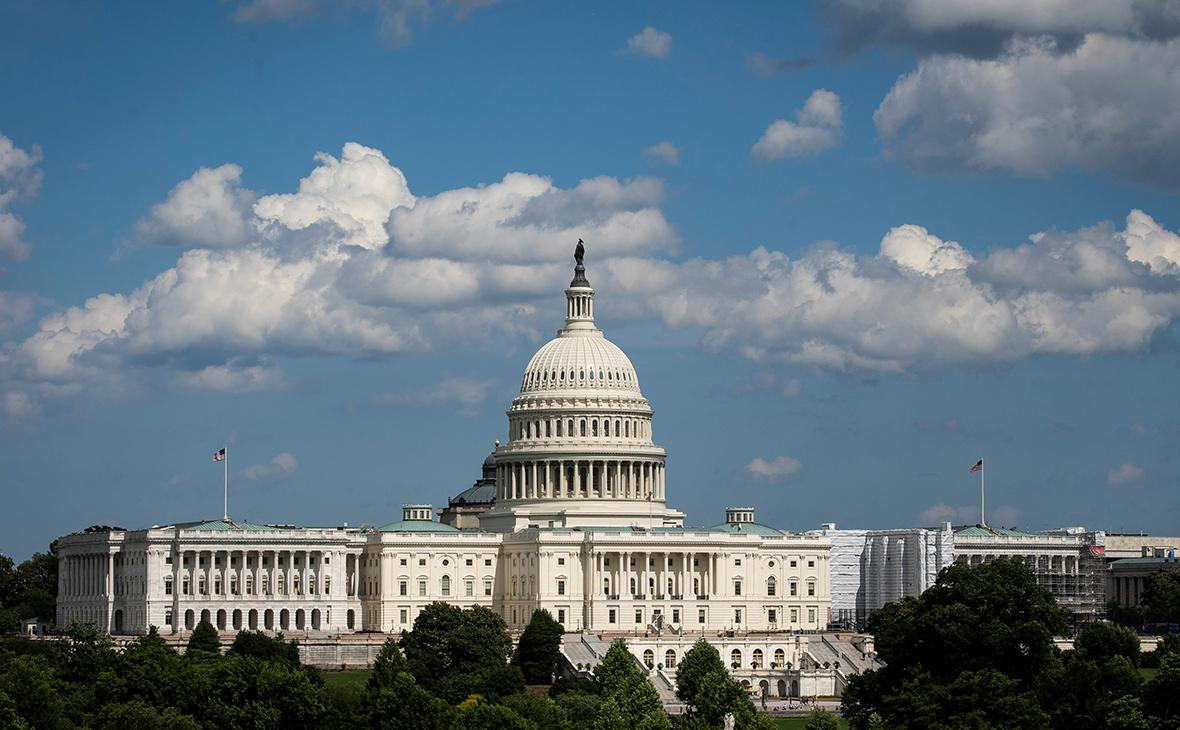 Конгрессмены США одобрили поправку о санкциях против госдолга России