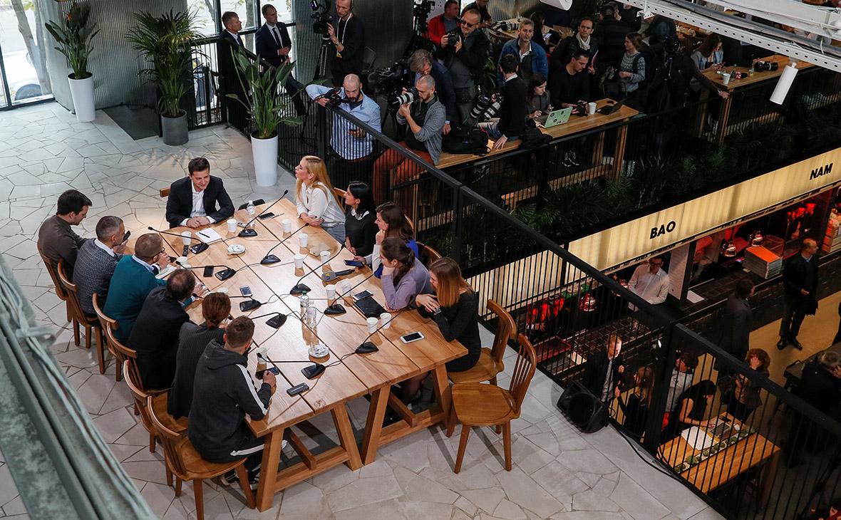Многочасовая пресс-конференция Зеленского на киевском рынке. Главное