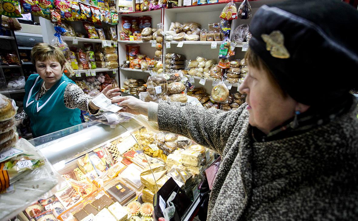 Из-за маркировки товаров существует риск массового закрытия несетевых магазинов, под ударом продавцы табачных изделий, одежды и обуви