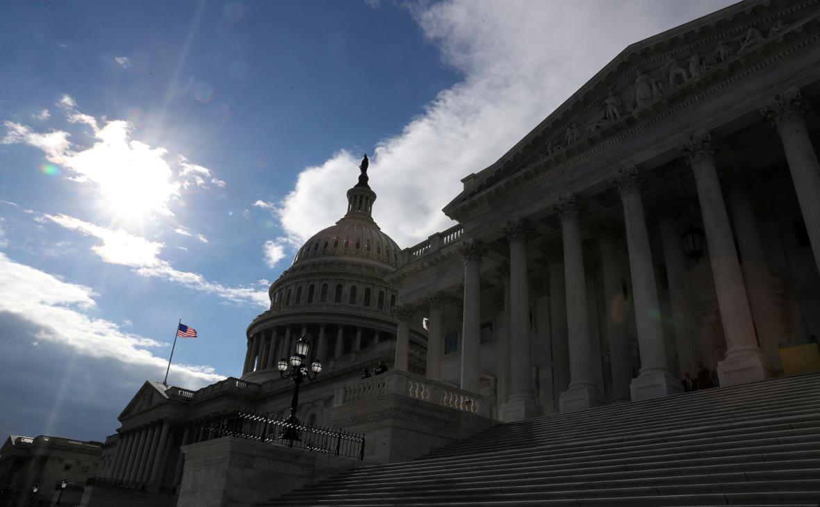 Демократы в конгрессе решили расследовать встречи Путина и Трампа