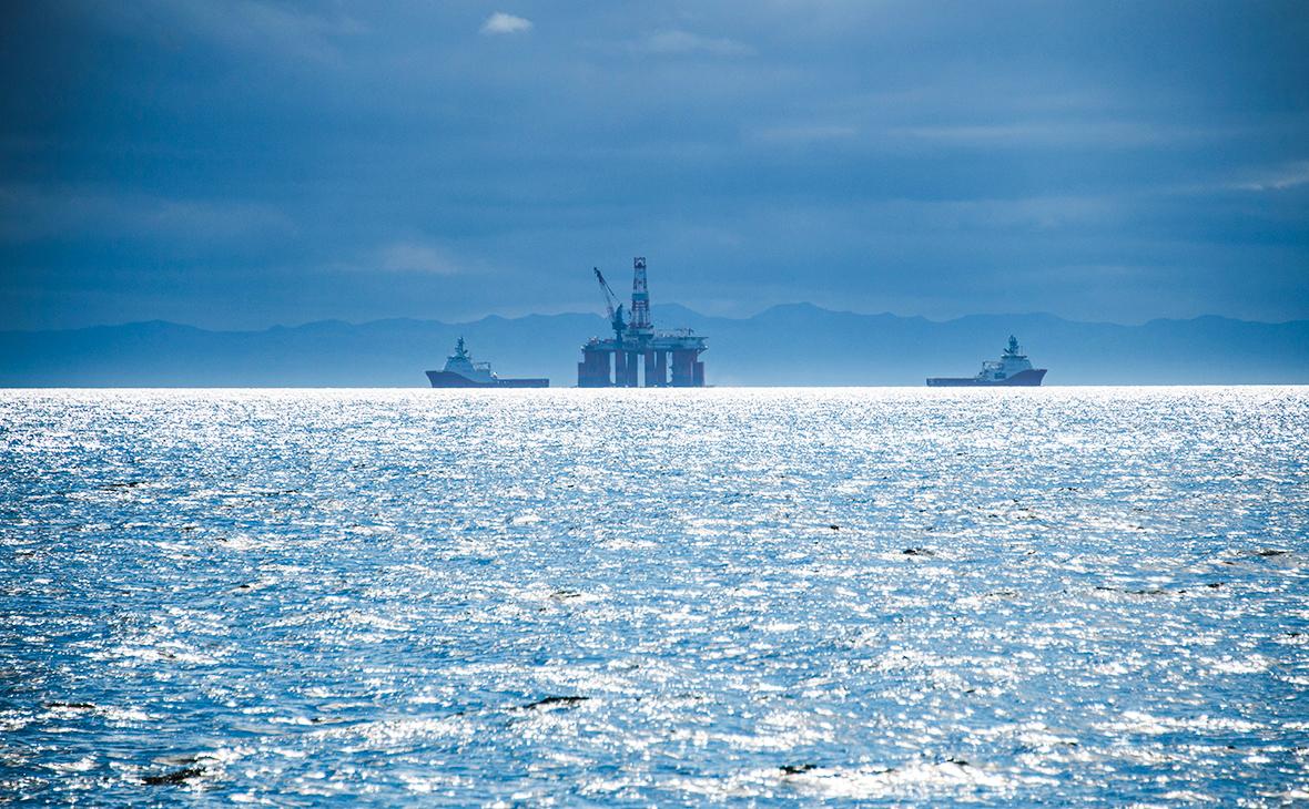 Шельф Охотского моря