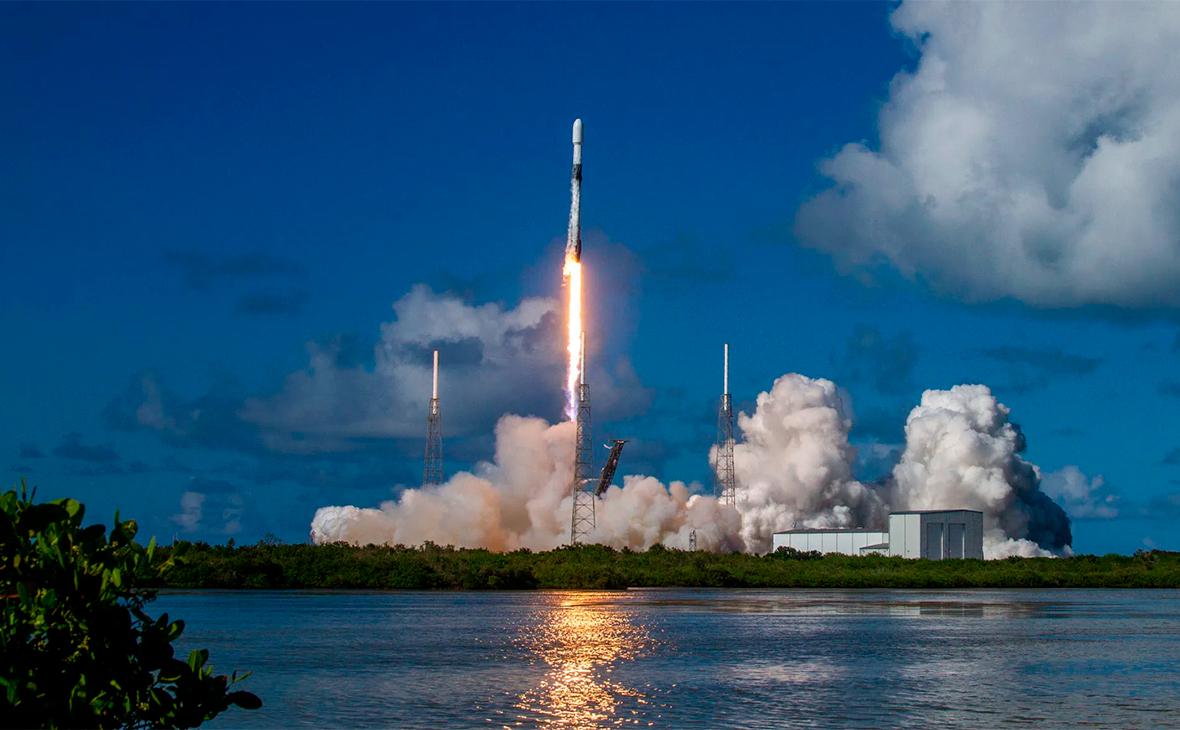 Ракета-носитель Falcon 9 со спутником Anasis-II