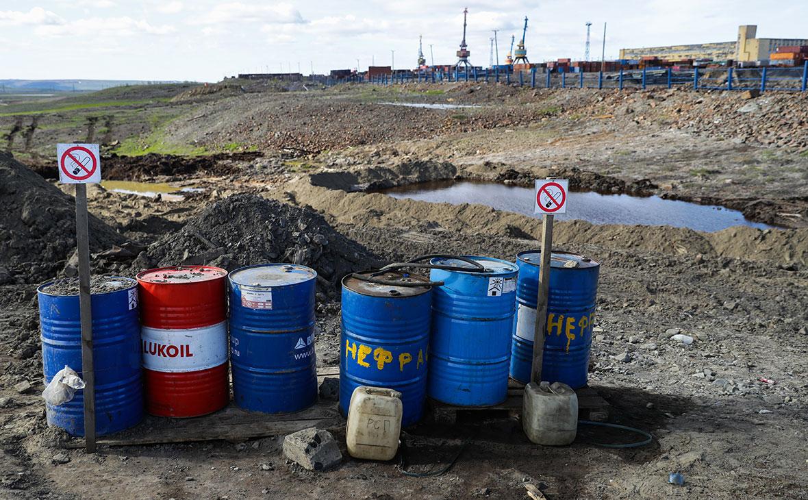 На месте ликвидации последствий разлива топлива на ТЭЦ-3