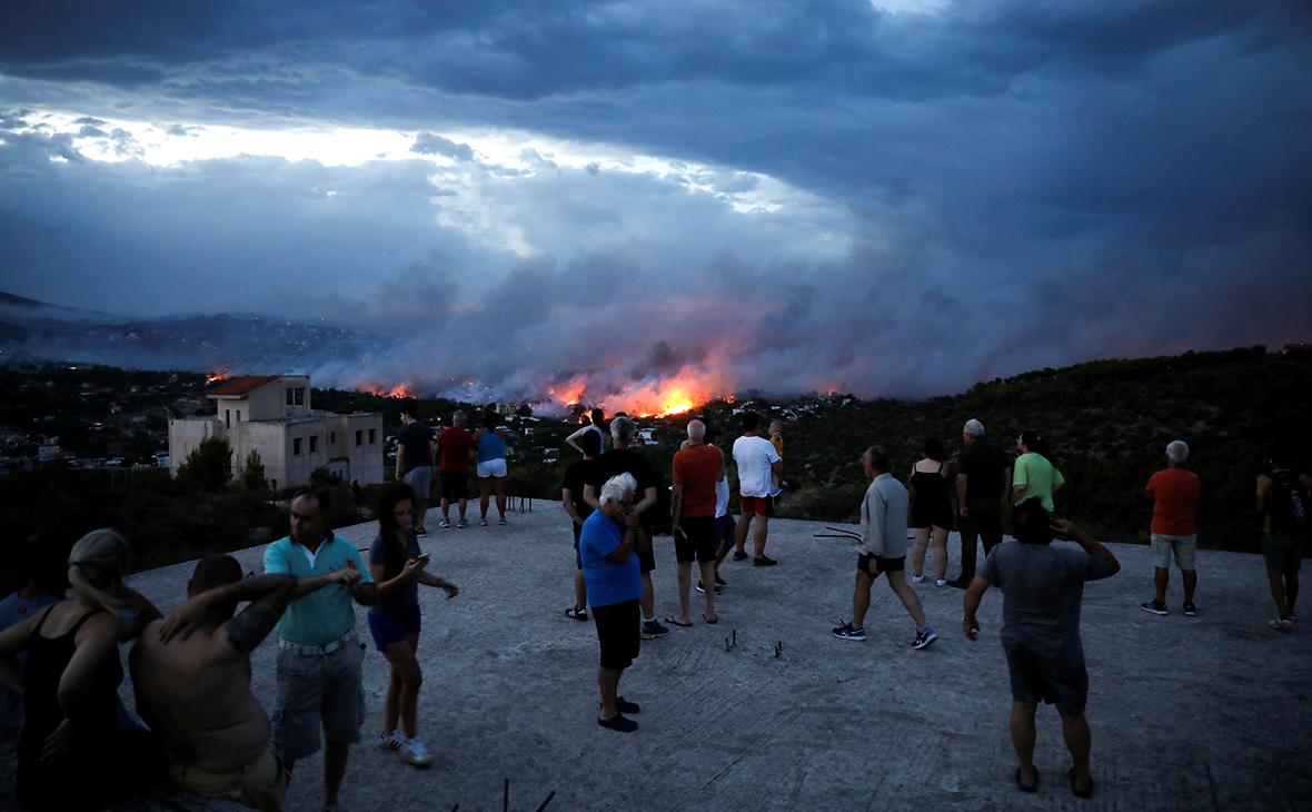 Лесные пожары в пригороде Афин. 23 июля 2018 года