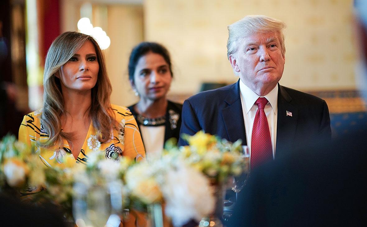 Названа стоимость билета на ужин за одним столом с Трампом