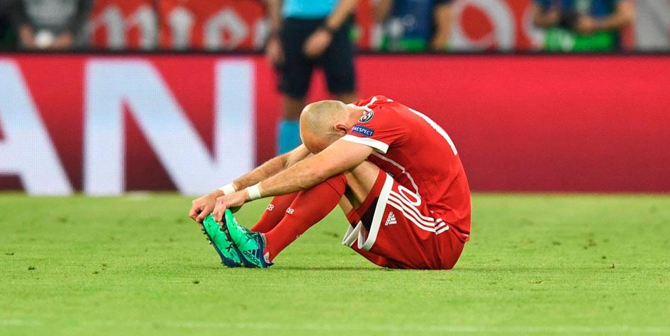 «Бавария» потеряла трех игроков из-за травм в матче с «Реалом»