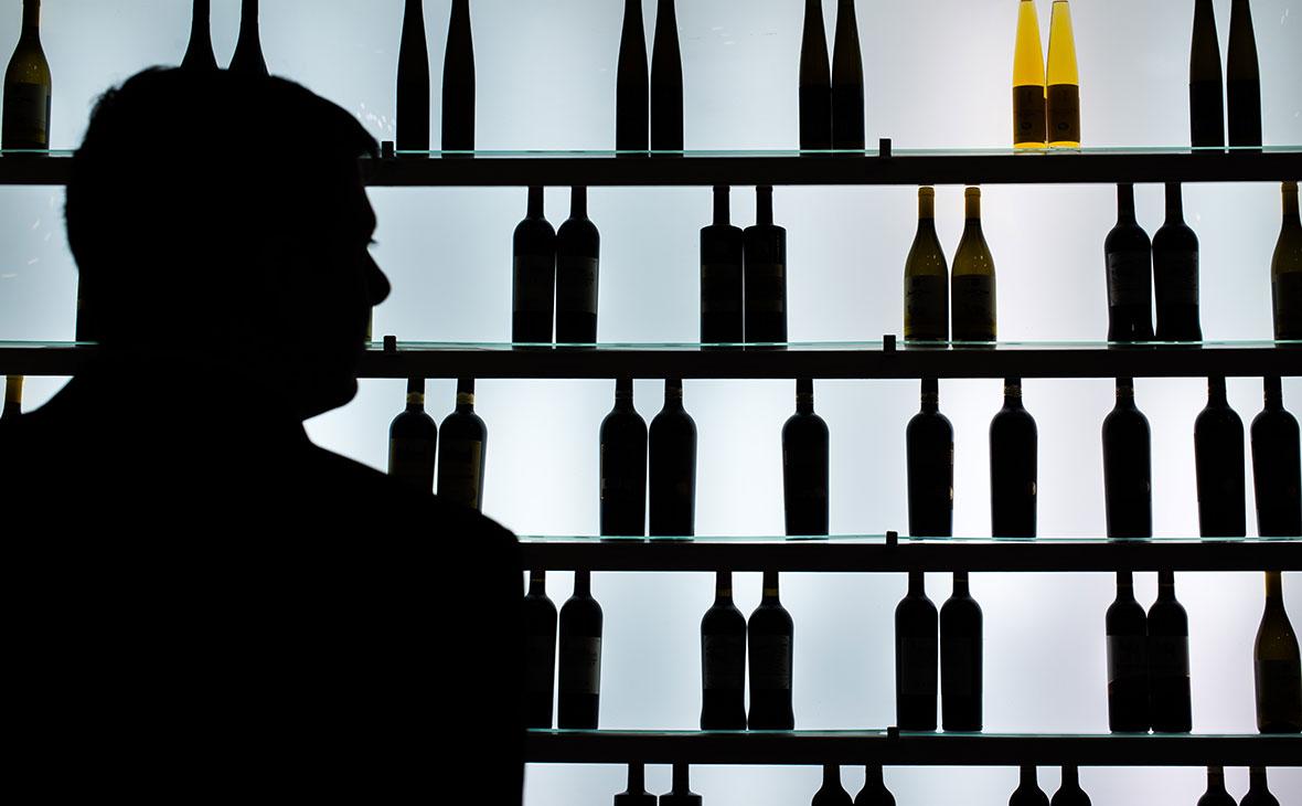 Минпромторг попросил регионы не ограничивать продажу алкоголя