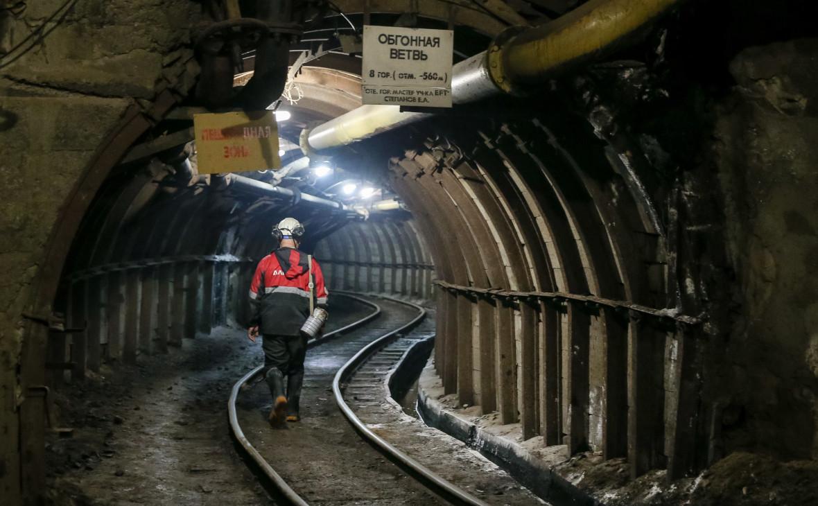 Шахта рудника «Интернациональный»Мирнинского горно-обогатительного комбината группы АЛРОСА в Якутии
