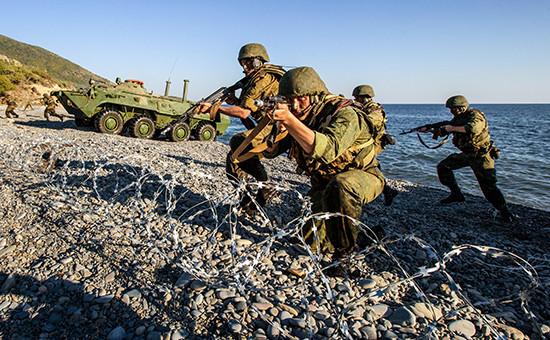 Военнослужащие вовремя учений «Кавказ-2012»
