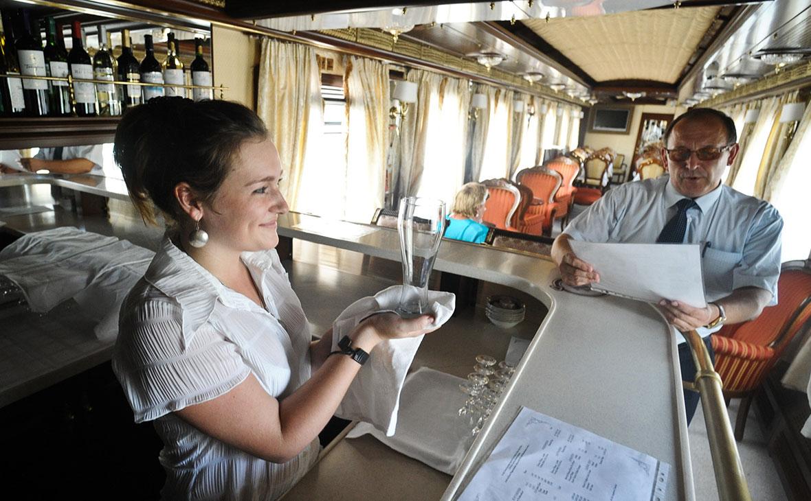 Вагон-ресторан туристического поезда