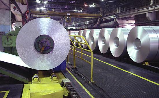Прокатное производство фольги на заводе «Саянал».