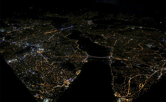 Вид на ночной Стамбул