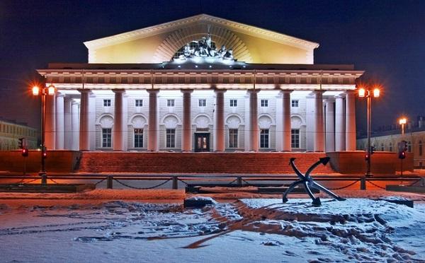 Петербург за пять минут: бетонный пузырь и подпольное сообщество