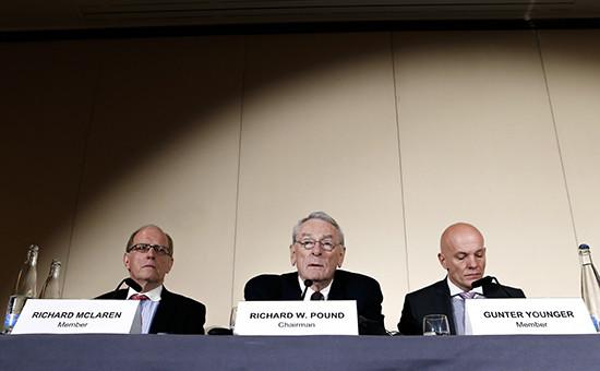 Представители комиссии WADA (Всемирное антидопинговое агентство) вовремя пресс-конференции вЖеневе