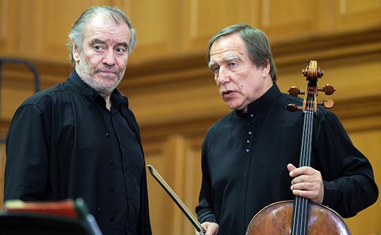 Директор ихудожественный руководитель Мариинского театра Валерий Гергиев (слева) ихудожественный руководитель петербургского Дома музыки Сергей Ролдугин