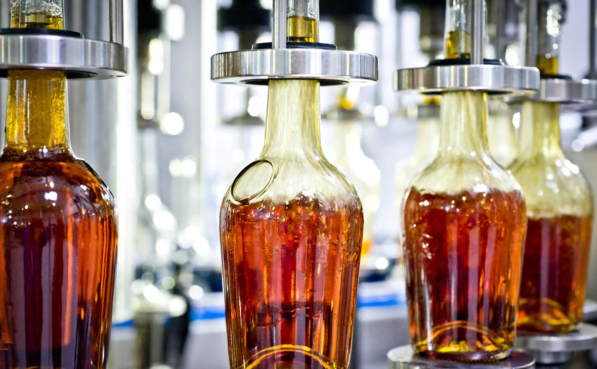 Линия розлива коньячной продукции на винно-коньячном заводе