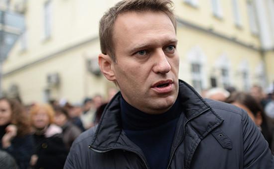 Алексей Навальный на шествии в поддержку политзаключенных, октябрь 2013 года