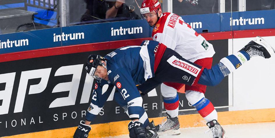 Российские хоккеисты проиграли четвертый матч подряд после ухода Знарка