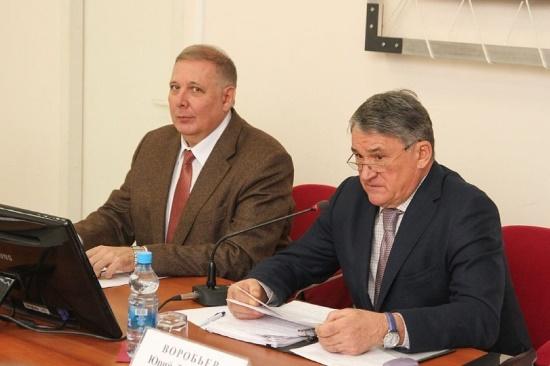 Сенатор Юрий Воробьев пообещал побороться заВоГУ