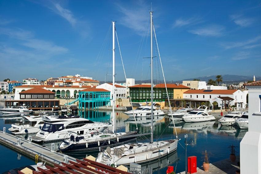 Фото:Limassol Marina .Фото Cybarco
