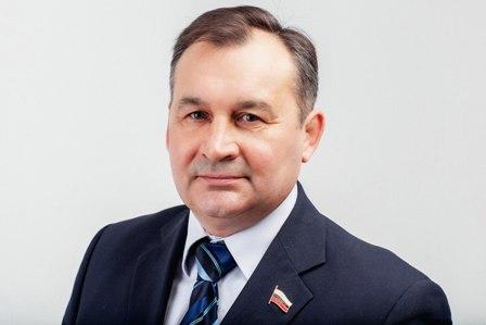 Сергей Бондаренко, директор муниципального унитарного предприятия «ИМИ», депутат горсовета Новосибирска.