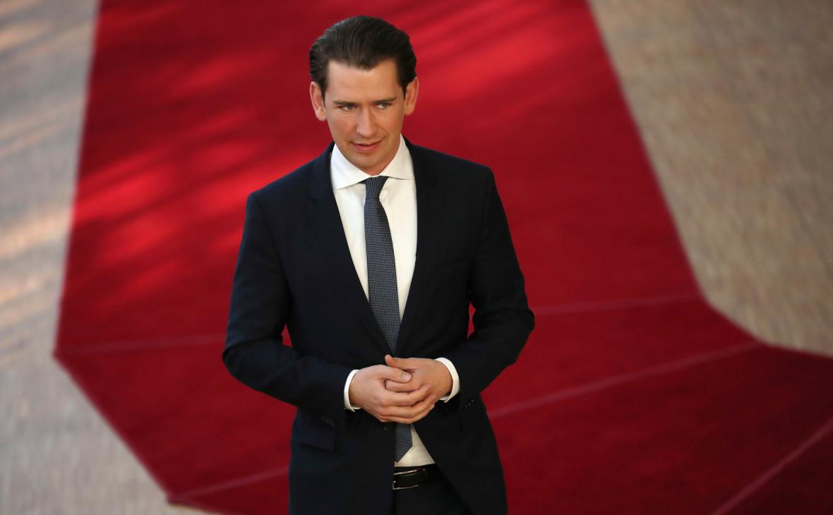 Канцлер Австрии объявил о новых выборах после скандала с «россиянкой»