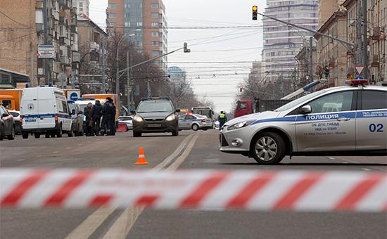 Полицейское оцепление на улице Народного Ополчения в Москве
