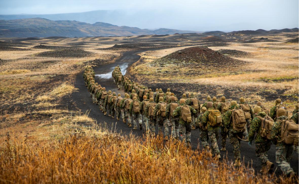 Морские пехотинцы США в Исландии во время ученийTrident Juncture