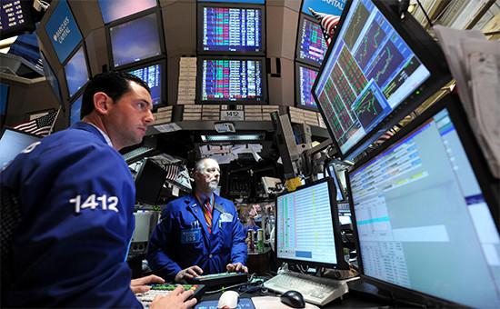 Трейдеры наНью-Йоркской бирже. Архивное фото