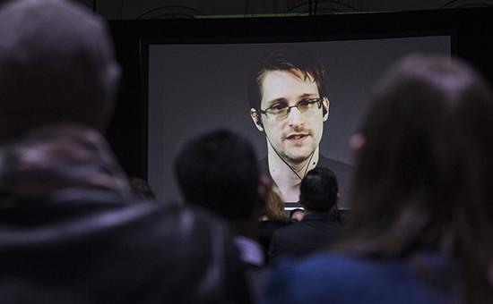 Бывший сотрудник Агентства национальной безопасности США Эдвард Сноуден