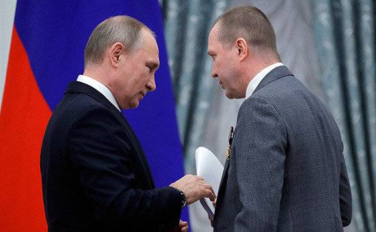 Владимир Путин (слева) иЕвгений Миронов