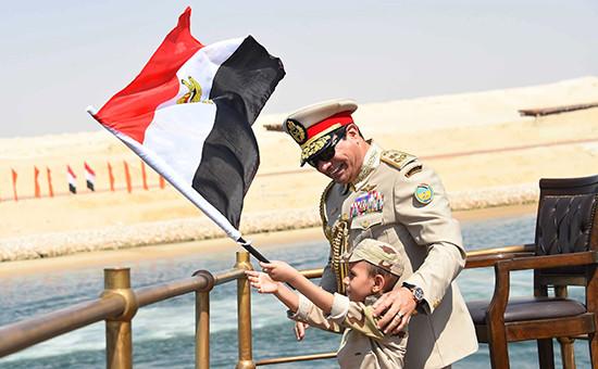 Президент ЕгиптаАбдул Ас-Сиси на церемонии открытия нового русла Суэцкого канала