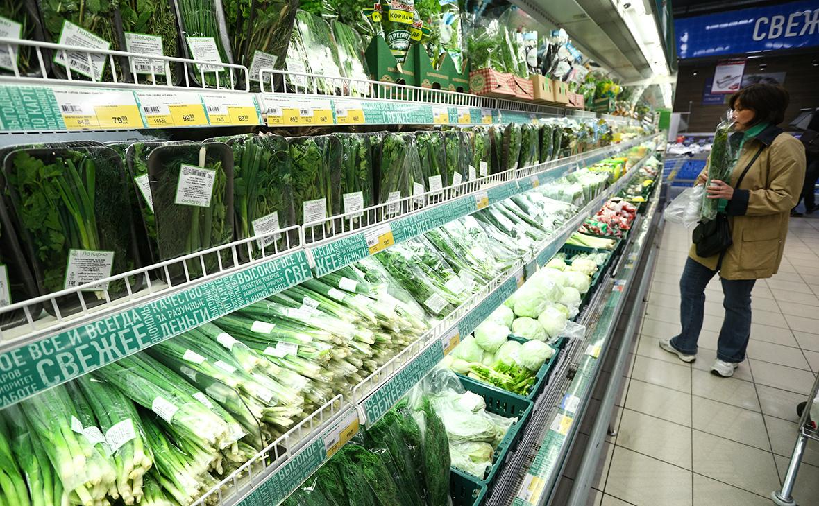 Ретейлеры заявили о дефиците импортной свежей зелени в магазинах