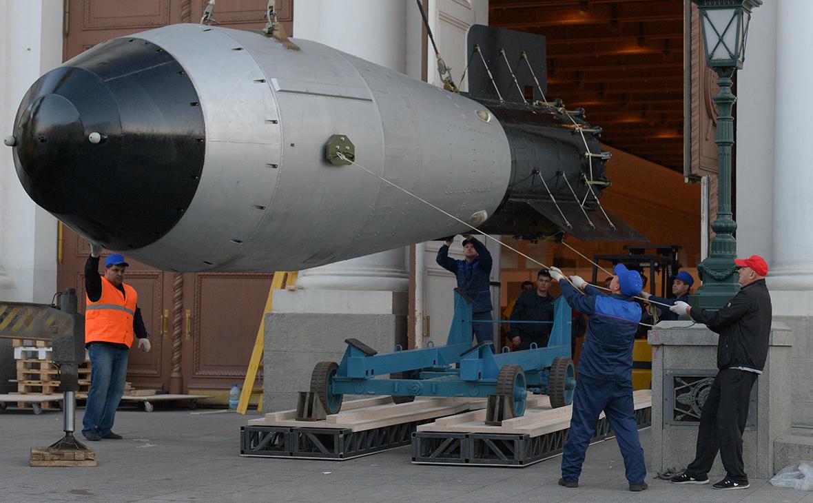 Макет термоядерной бомбы
